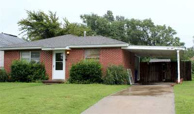 Single Family Home For Sale: 508 S Laird