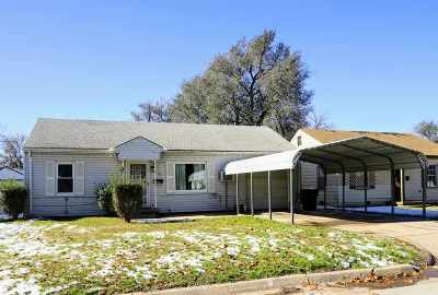 Single Family Home For Sale: 734 N Central