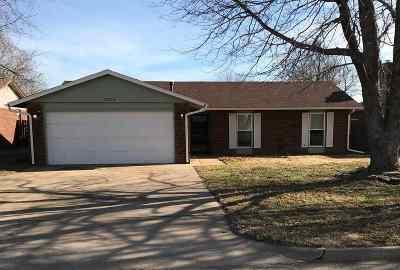 Single Family Home For Sale: 2713 Mt Vernon