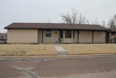 Single Family Home For Sale: 401 S Oklahoma Ave