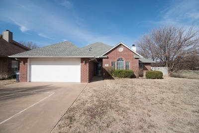 Enid Single Family Home For Sale: 2226 Constitution