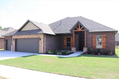 Single Family Home For Sale: 4623 Rush Springs