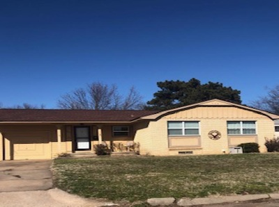 Single Family Home For Sale: 1326 Hite