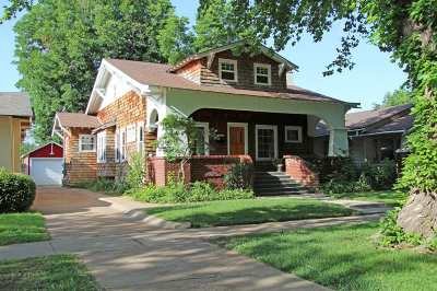 Single Family Home For Sale: 1519 W Cherokee