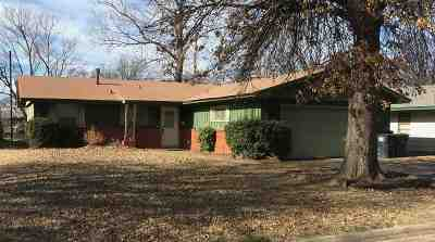 Enid Single Family Home For Sale: 1806 W Thompson