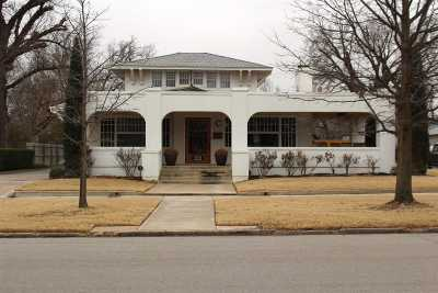 Single Family Home For Sale: 1523 W Broadway Avenue