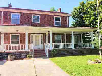 Single Family Home For Sale: 1710 W Cherokee