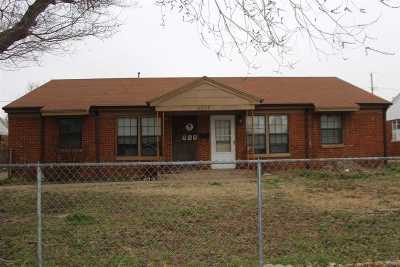 Single Family Home For Sale: 1316 W Rupe Ave