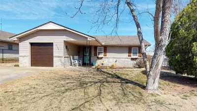 Single Family Home For Sale: 2624 Webster Ave