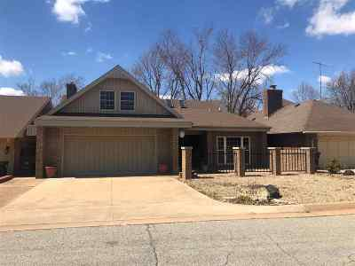 Enid  Single Family Home For Sale: 2410 Sherwood