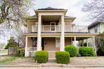 Single Family Home For Sale: 1224 W Broadway
