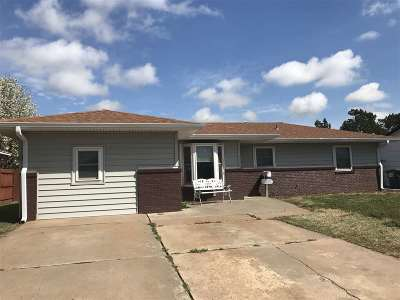 Single Family Home For Sale: 1510 E Cherry