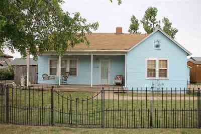 Single Family Home For Sale: 1114 2nd St