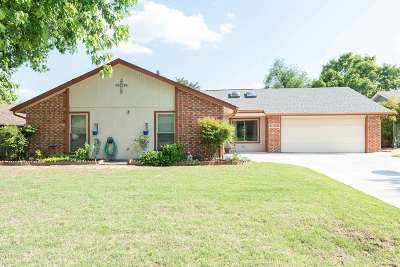 Enid  Single Family Home For Sale: 4158 Timberlane
