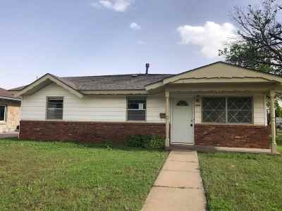Single Family Home For Sale: 1325 Hite