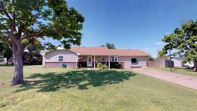Single Family Home For Sale: 614 37th St