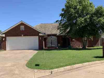 Enid  Single Family Home For Sale: 4208 Stonewall