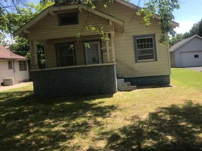 Single Family Home For Sale: 139 Hill Ave