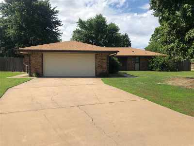 Single Family Home For Sale: 4107 Greenwood Pl