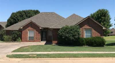 Enid OK Single Family Home For Sale: $249,900