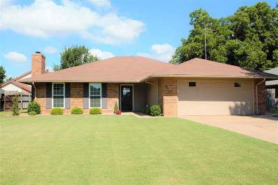 Enid OK Single Family Home For Sale: $169,900