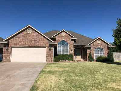 Enid  Single Family Home For Sale: 806 Caribou