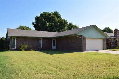 Enid Single Family Home For Sale: 4526 Alamo