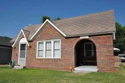 Single Family Home For Sale: 1518 9th St