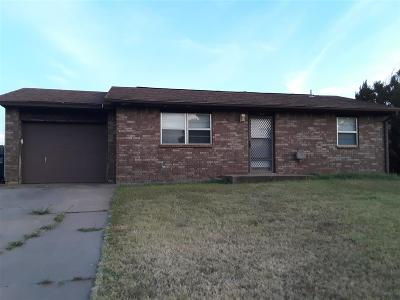 Enid  Single Family Home For Sale: 2809 Wildoak Circle