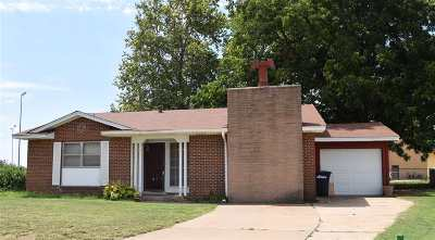 Enid Single Family Home For Sale: 3518 Elm Place