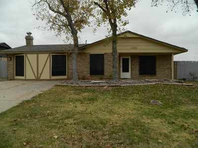 Lawton Single Family Home For Sale: 1206 SW 63rd Pl