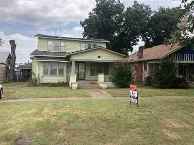 Walters Single Family Home For Sale: 115 E Nebraska