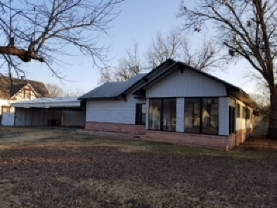 Walters Single Family Home For Sale: 312 E Nevada