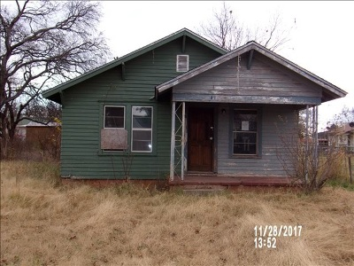 Caddo County Single Family Home For Sale: 418 E Franklin