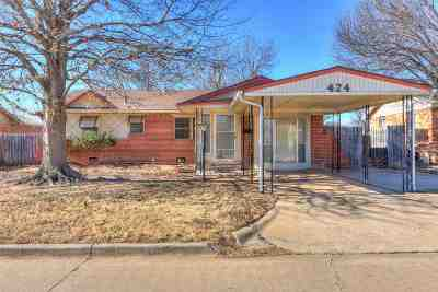 Lawton Single Family Home For Sale: 424 NW 57th St