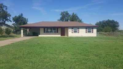 Cotton County Single Family Home Under Contract: 721 E Iowa St