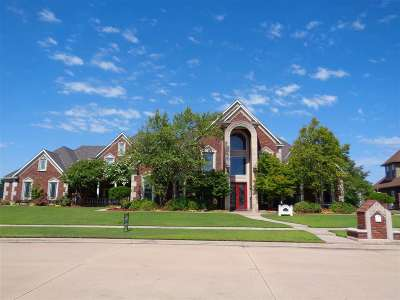 Lawton Single Family Home For Sale: 7617 NW Wyatt Lake Dr