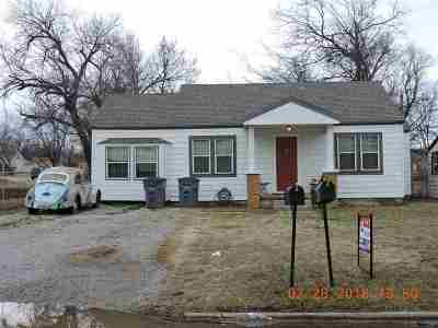 Lawton Single Family Home For Sale: 1413 NW Columbia Ave