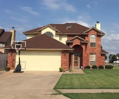 Lawton OK Single Family Home For Sale: $168,900
