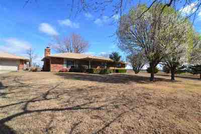 Caddo County Single Family Home Under Contract: 19192 CR 1480