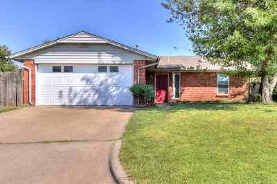 Lawton OK Single Family Home For Sale: $115,000