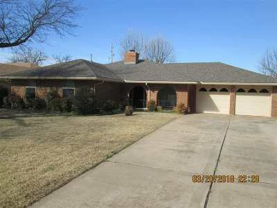 Lawton OK Single Family Home For Sale: $145,000