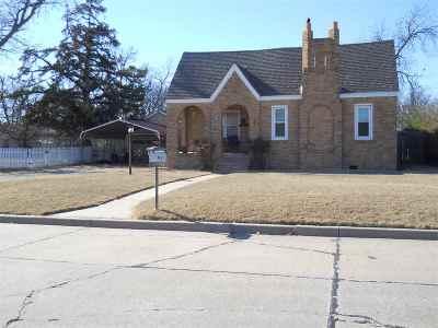 Lawton OK Single Family Home For Sale: $69,900