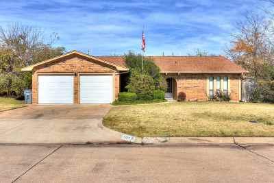 Lawton OK Single Family Home For Sale: $155,000