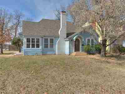 Lawton Single Family Home For Sale: 502 NW Ft Sill Blvd