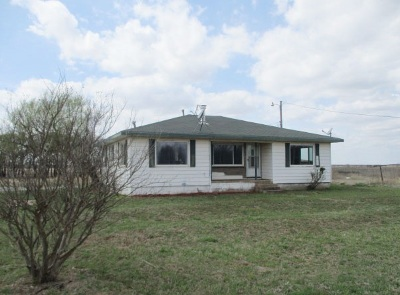 Cache Single Family Home Under Contract: 4771 SW Quanah Rd