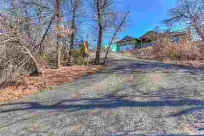 Medicine Park Single Family Home Under Contract: 209 Big Rock Rd