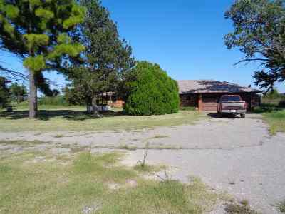 Lawton Single Family Home Under Contract: 705 NE 135th St