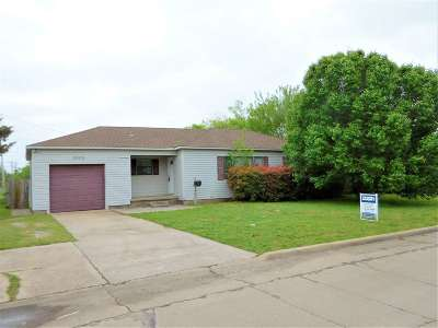 Lawton Single Family Home For Sale: 2303 NW 18th St