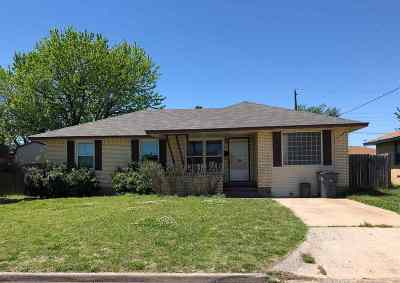Lawton Single Family Home For Sale: 1620 NW 26th St